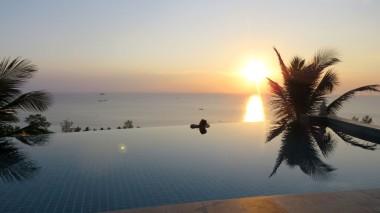 E a melhor parte do hotel, o por do sol na piscina