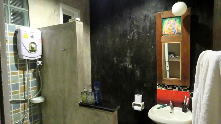 Baan Jaru, banheiro