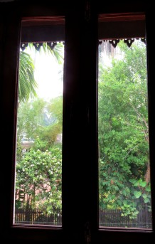 A vista verde da janela, Thatsaphone Hotel