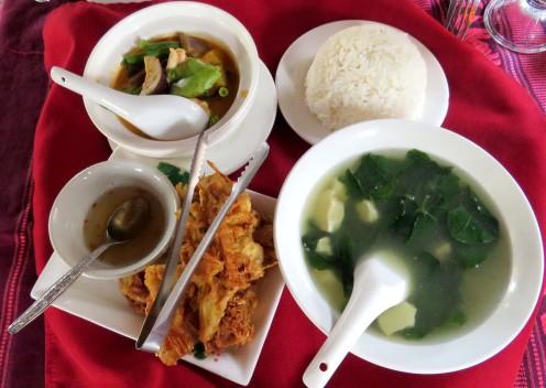 Menu do restaurante Tamnak serve duas pessoas