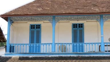 Casas com arquitetura colonial francesa