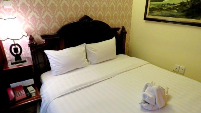 Quarto apertado e sem janela, Hanoi 3B Hotel