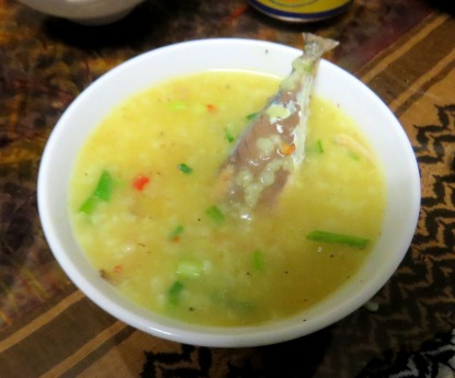 Sopa com sardinha