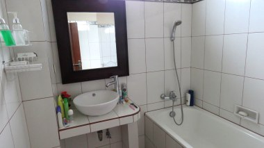 Banheiro espaçoso