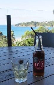 Vinho neo zelandês e coca-cola orgânica