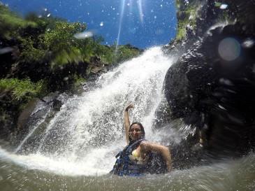 Cachoeira em Waimea Valley