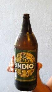 Cerveja local Indio