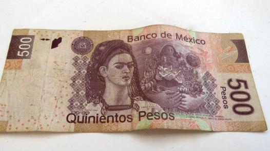 Frida Kahlo por toda parte, até no peso mexicano